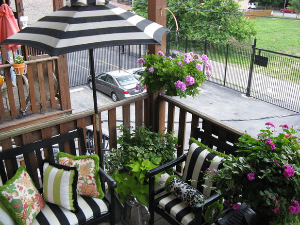 Transitional Balcony by P.S. Designs