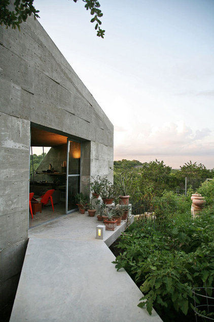 Industrial Entry by Mell Lawrence Architects