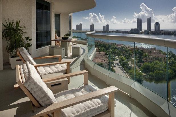 Современный Балкон и лоджия by Architectural Design Consultants
