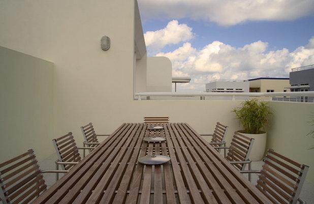 Contemporary Balcony Contemporary Balcony