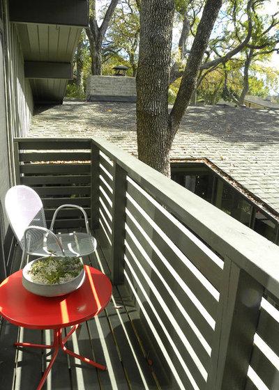 Midcentury Balcony by Sarah Greenman