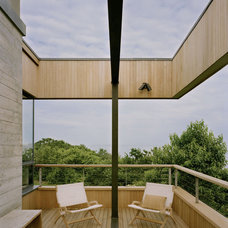 Modern Deck by Robert Young Architects