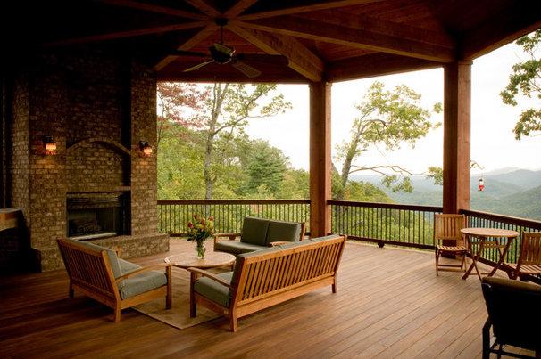 Craftsman Porch by Gabriel Builders Inc.
