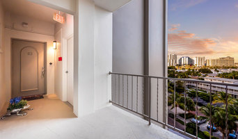 Gorgeous Downtown Condo with Big Water Views