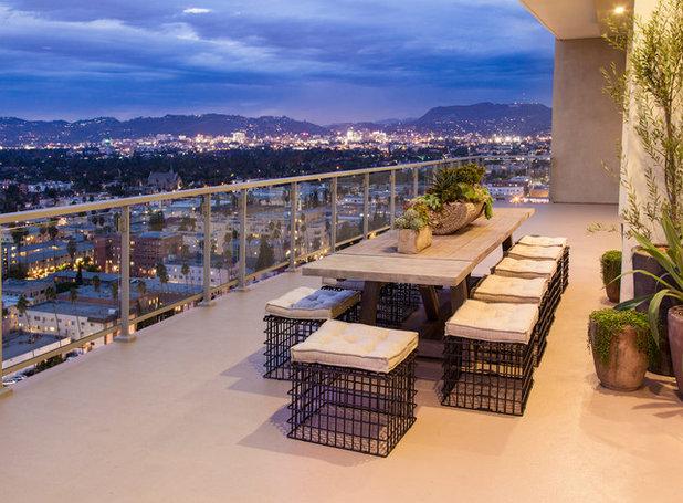 Современный Балкон и лоджия by Susan Manrao Design