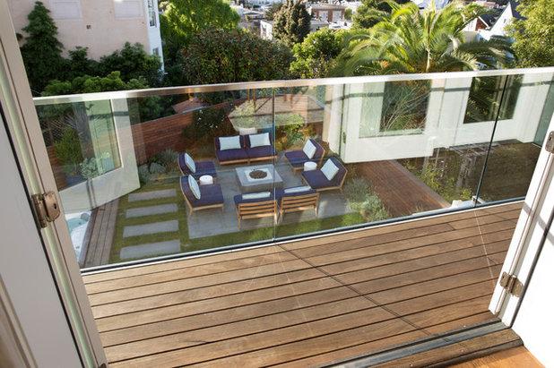 Contemporary Balcony by Jeff King & Company