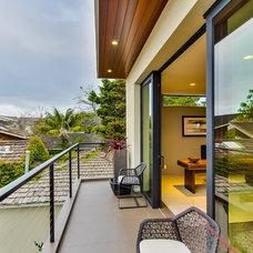 Contemporary Deck by Streamline Development