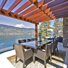 Contemporary Patio by Begrand Fast Design Inc.
