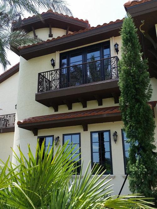 Best expansive mediterranean balcony design ideas for Mediterranean balcony ideas