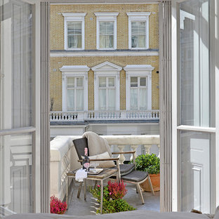 Inspiration for a traditional balcony in London.