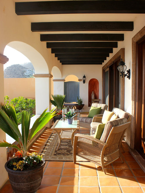 berdachte mediterrane terrasse ideen design bilder houzz. Black Bedroom Furniture Sets. Home Design Ideas