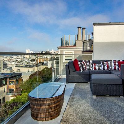 Balcony - contemporary balcony idea in San Francisco