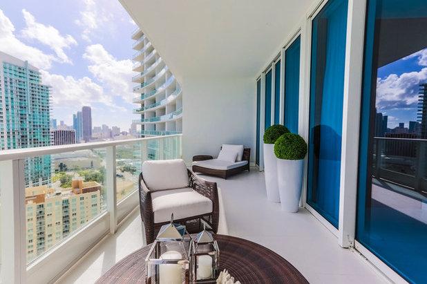 Contemporain Balcon by Cynthia Kriz Design