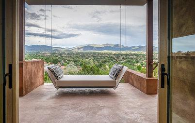Houzz Tour: Adobe Charm Opens to a Sleek Interior in New Mexico