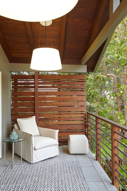 Transitional Deck Portola Valley Residence