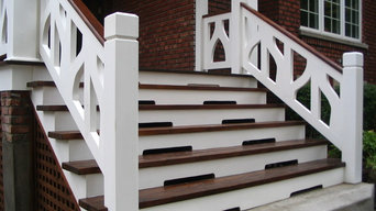 reproduction of a 1922 balcony