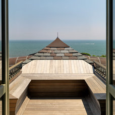 Beach Style Deck by Meyer & Meyer, Inc.