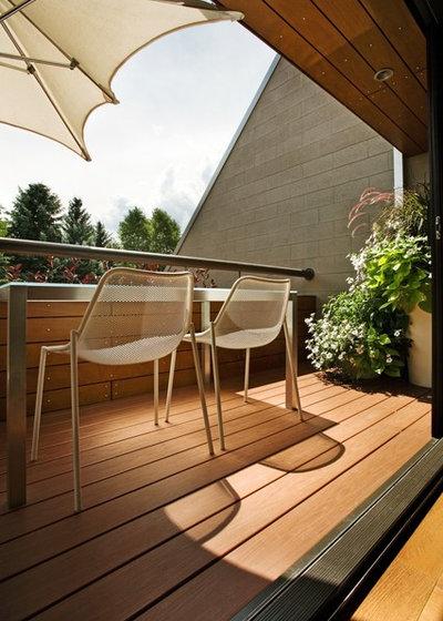 Modern Balcony by S2 Architects