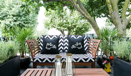 These 24 Small Balconies, Patios, Decks Get It Right