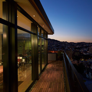 Inspiration for a large contemporary balcony remodel in San Francisco with no cover
