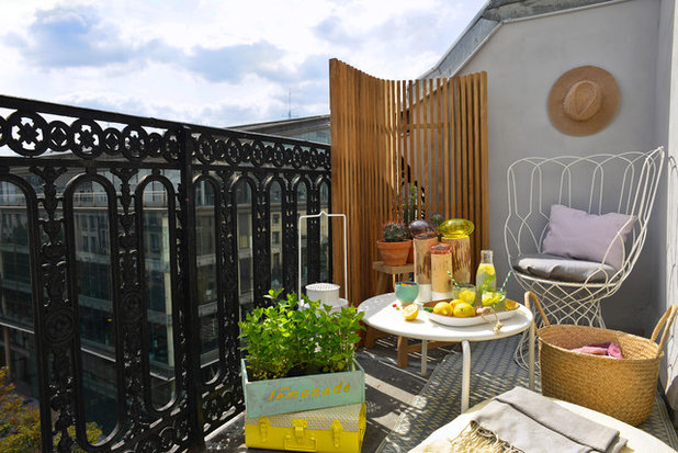 Eclectic Balcony by Moure Studio