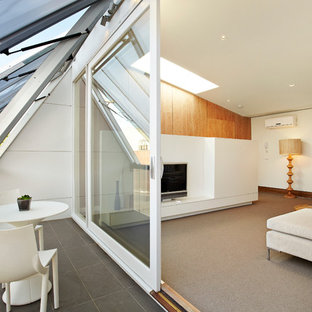 Photo of a contemporary balcony in Melbourne.