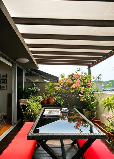 Contemporary Balcony by Neu Konceptz Pte Ltd