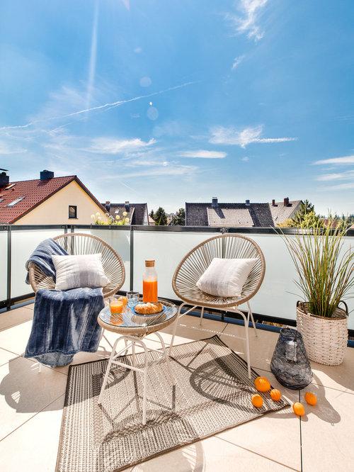 Kleine Terrasse mit Kübelpflanzen Ideen, Design & Bilder | Houzz
