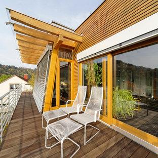 Mittelgroße, Unbedeckte Moderne Terrasse in Sonstige