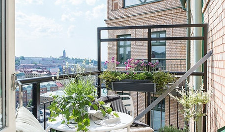 9 Balconies and City Gardens Show Signs of Spring