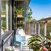 Compact living på en liten balkong – 12 ytsmarta tips