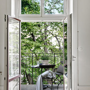 Inspiration for a medium sized scandinavian terrace and balcony in Stockholm.