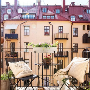 Inspiration for a small scandinavian terrace and balcony in Stockholm.