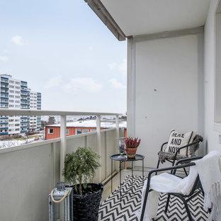 Idéer för mellanstora nordiska balkonger, med takförlängning