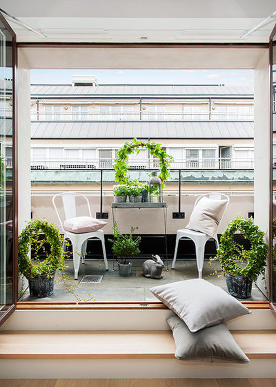 Moderno Balcones by Happicovers Homestyling