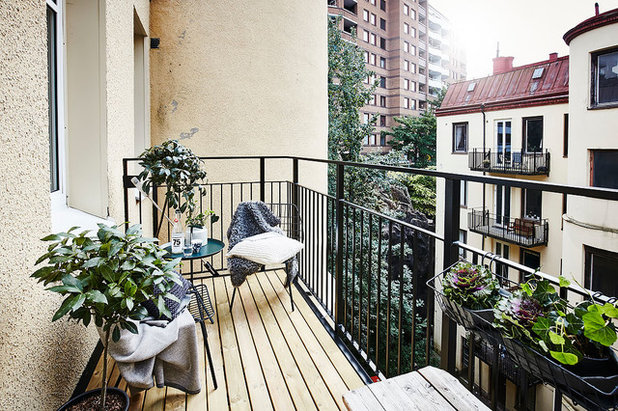 Scandinavian Balcony by House of Beatniks