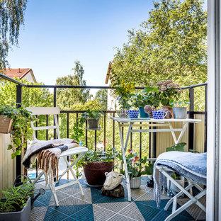 Inspiration för små minimalistiska balkonger, med utekrukor
