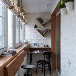 Immagine di una piccola veranda design con nessun camino, soffitto classico e pavimento multicolore