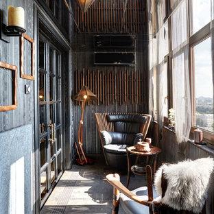 Пример оригинального дизайна интерьера: балкон и лоджия в стиле фьюжн
