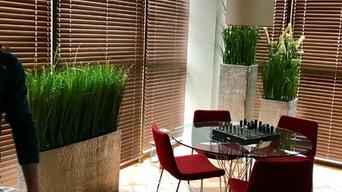 Оформление частной квартиры искусственными растениями