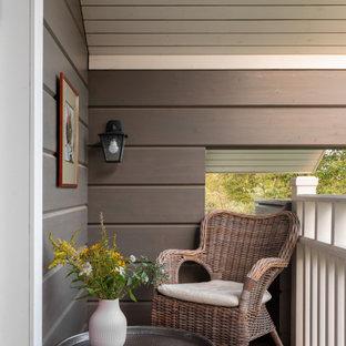 На фото: балкон и лоджия в стиле рустика с