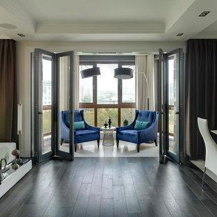 Выдающиеся фото от архитекторов и дизайнеров интерьера: балкон и лоджия в стиле современная классика