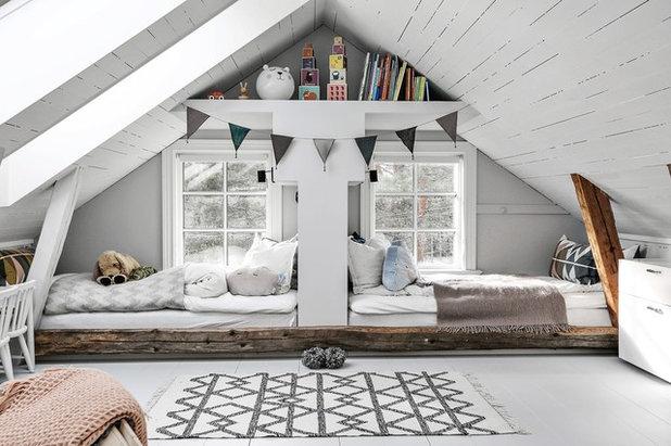 Skandinavisch Kinderzimmer by Fastighetsbyrån