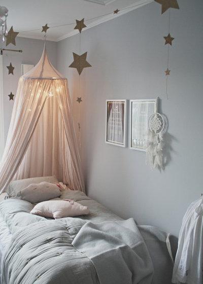 Nórdico Dormitorio infantil by The Happy Hill