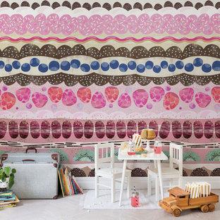 Idee per una cameretta per bambini tropicale con pareti rosa