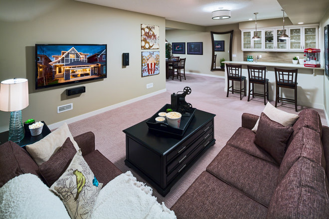 Traditional Basement by Cedarglen Homes