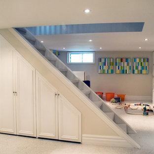 Ispirazione per una taverna design con pavimento bianco