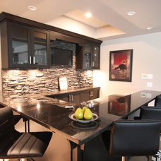Modern Basement by Arts Custom Woodcrafting Inc.