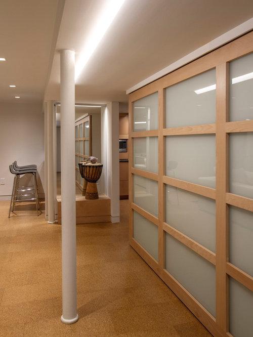keller und hobbyraum im mid century stil einrichten ideen houzz. Black Bedroom Furniture Sets. Home Design Ideas