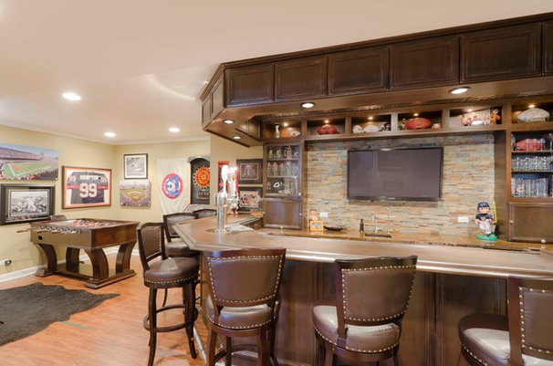 Contemporary Basement by Synergy Builders Inc.
